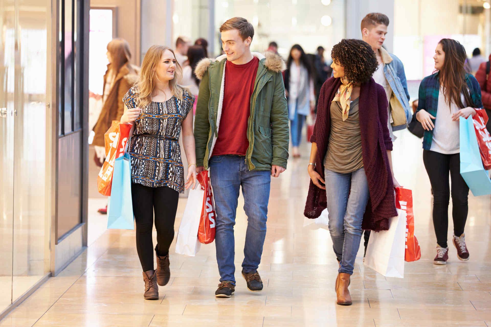 Einkaufscenter-Jenfeld-Hamburg-Header-junge-Leute