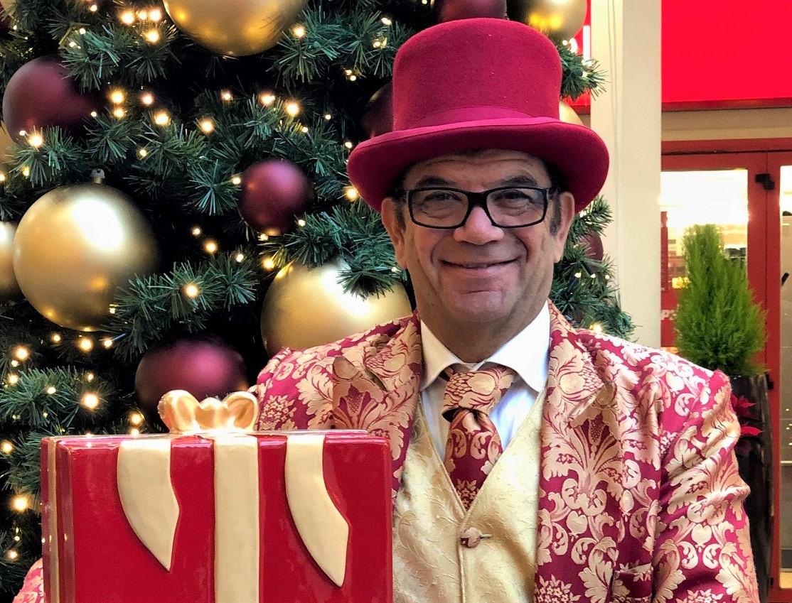 Simsalabim und süße Leckereien: Gelungener Auftakt für das Weihnachtprogramm im JEN